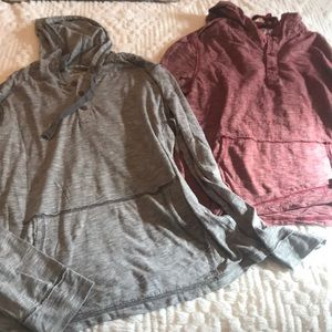 American rag thin 3 button pullover hoodie